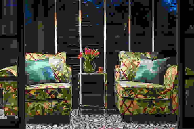 A Dashing Dazzler Modern balcony, veranda & terrace by Design Intervention Modern