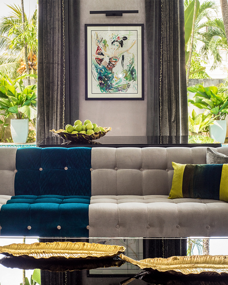 A Dashing Dazzler Modern living room by Design Intervention Modern