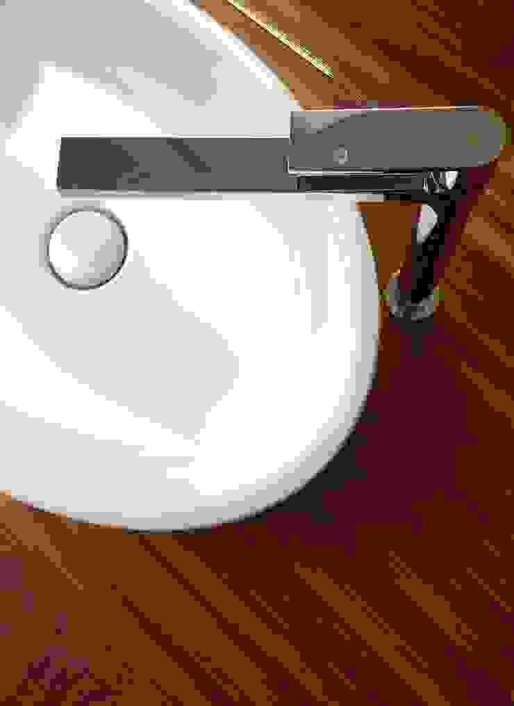 Modern bathroom by Global Inspirations Design Modern