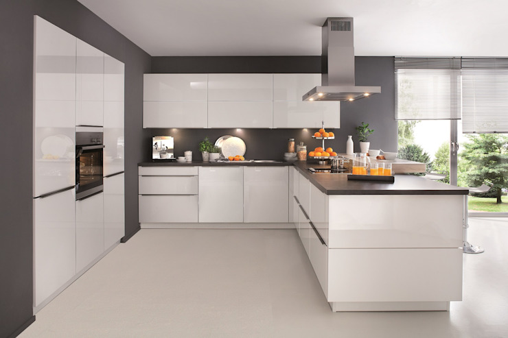 Kitchen by Hehku