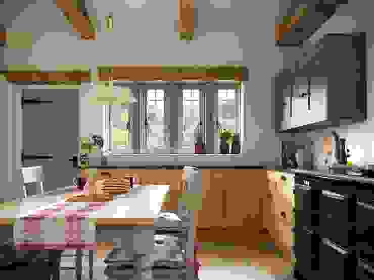 Laura Ashley Range Hehku Country style kitchen