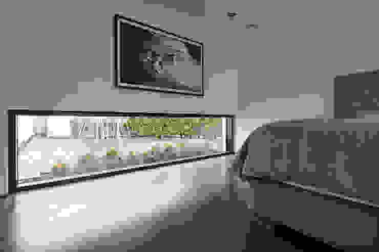 Moderne slaapkamers van Lioba Schneider Modern