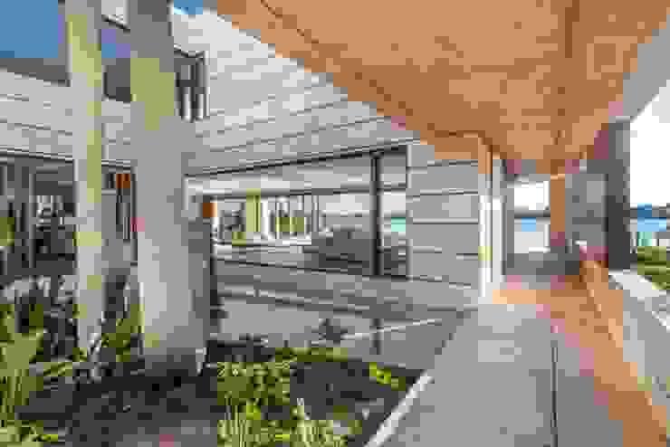 Abstracción Líquida Pasillos, vestíbulos y escaleras modernos de CIBA ARQUITECTURA Moderno