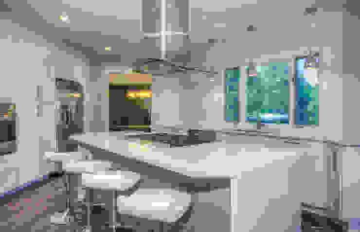 A Modern Haven Modern Kitchen by Dahl House Design LLC Modern