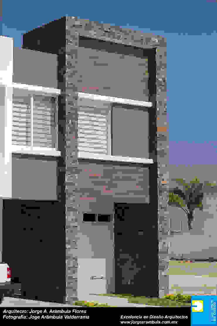 INGRESO Casas minimalistas de Excelencia en Diseño Minimalista Ladrillos