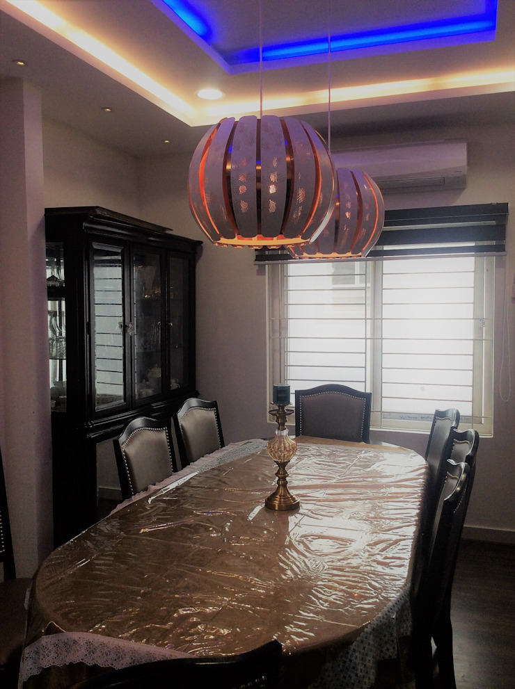 INTERIOR ARCHITECTURE - 03 Modern dining room by Urban Shaastra Modern