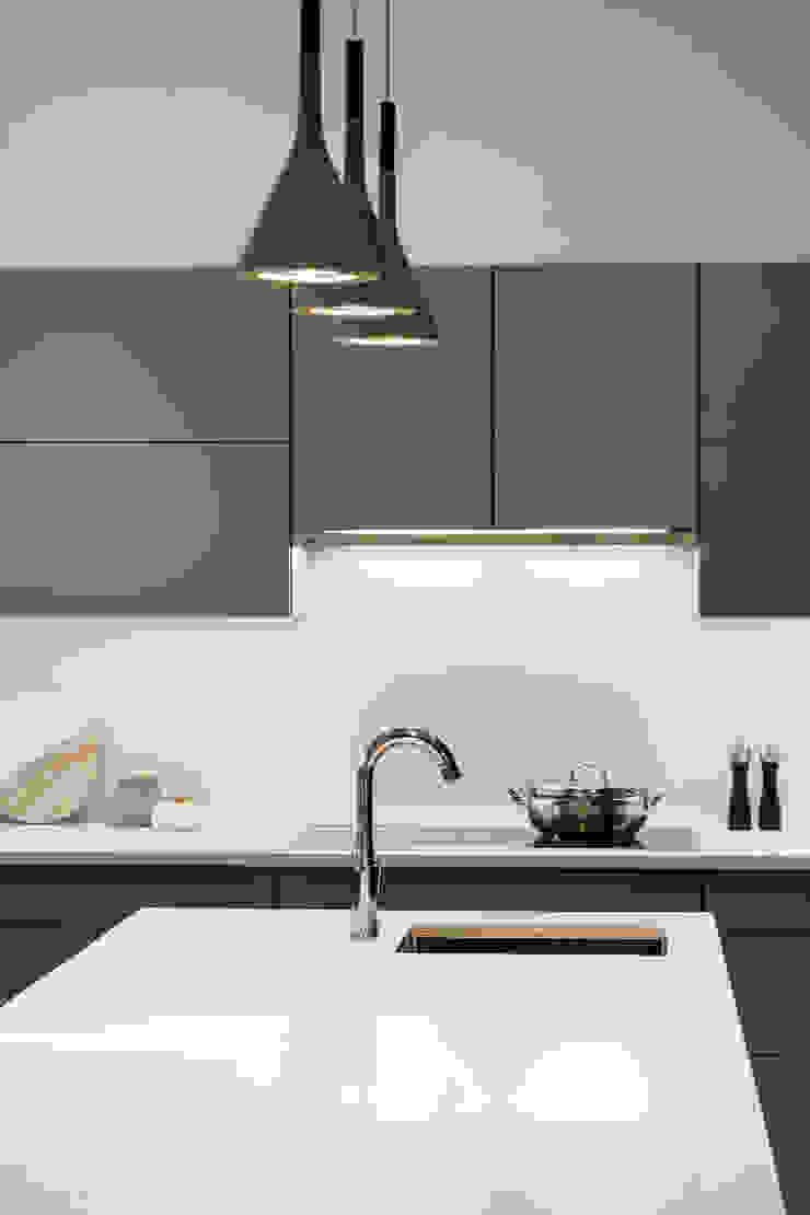 Moderne Küchen von Alice D'Andrea Design Modern