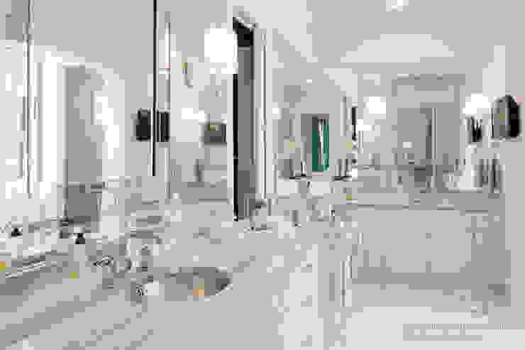 Bathroom by Chibi Moku, Modern کنکریٹ