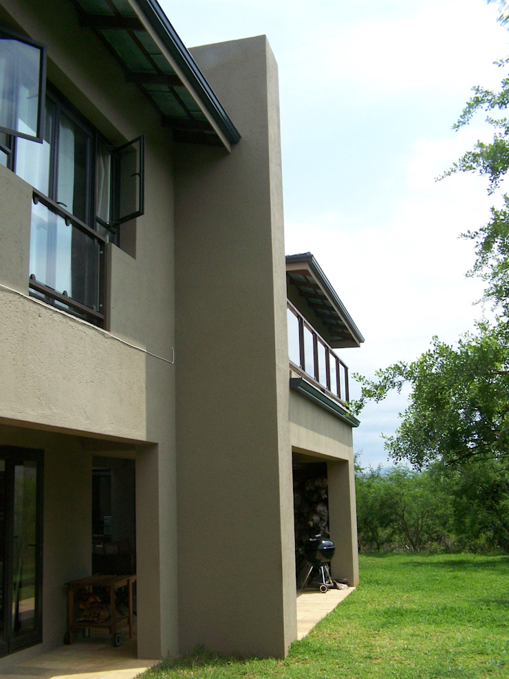 Human Voice Architects Casas de estilo moderno