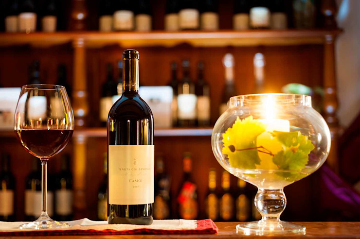 STUDIO CERON & CERON Classic style wine cellar