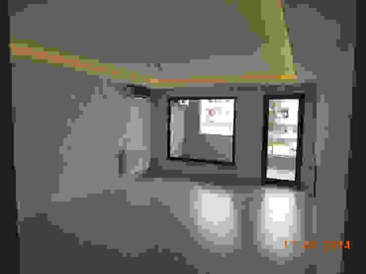 Modern living room by Minel Mimarlık Yapı Mühendislik İnşaat Sanayi Ticaret Limited Şirketi Modern
