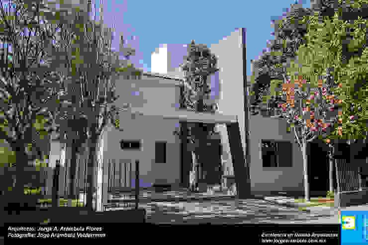 FACHADA Casas modernas: Ideas, imágenes y decoración de Excelencia en Diseño Moderno Ladrillos