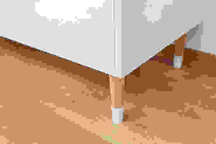 Och_Ach_Concept Living roomTV stands & cabinets