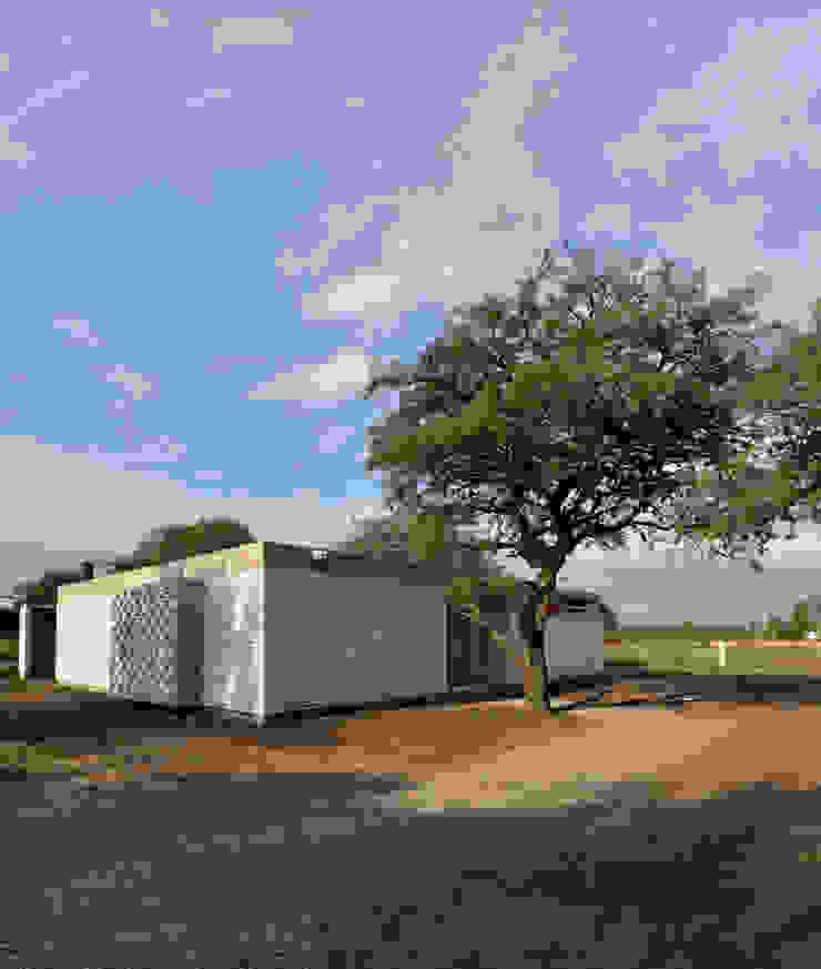 Casa D+S Casas modernas: Ideas, imágenes y decoración de BSBarqs. Moderno