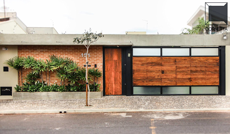 Houses by Cornetta Arquitetura,