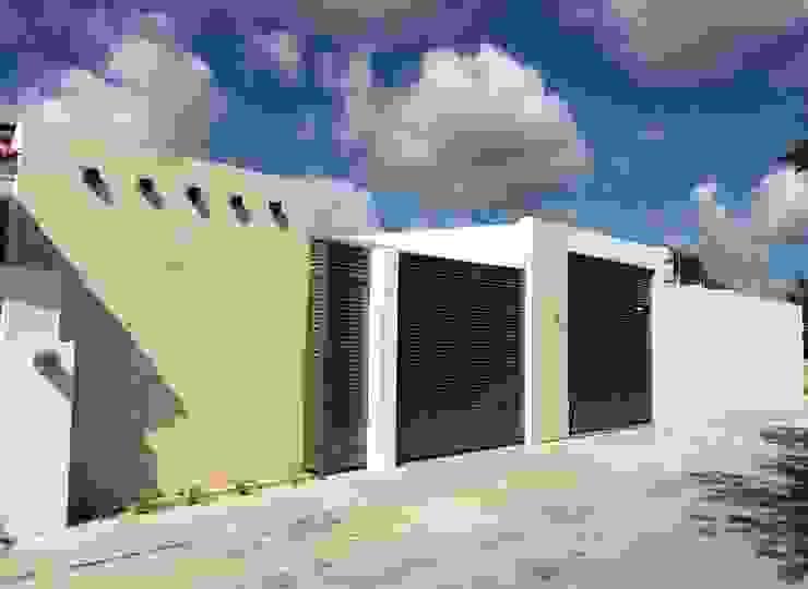Fachada Casas minimalistas de Atelier U + M Minimalista Piedra