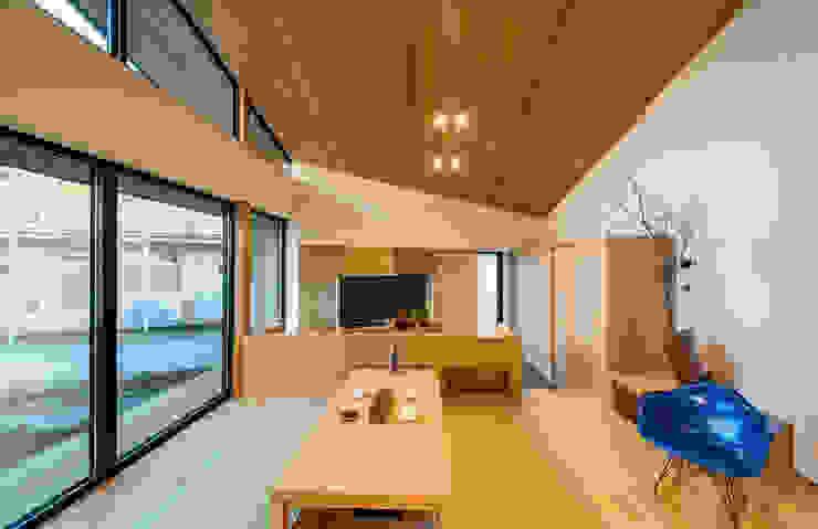 STaD(株式会社鈴木貴博建築設計事務所) Modern dining room