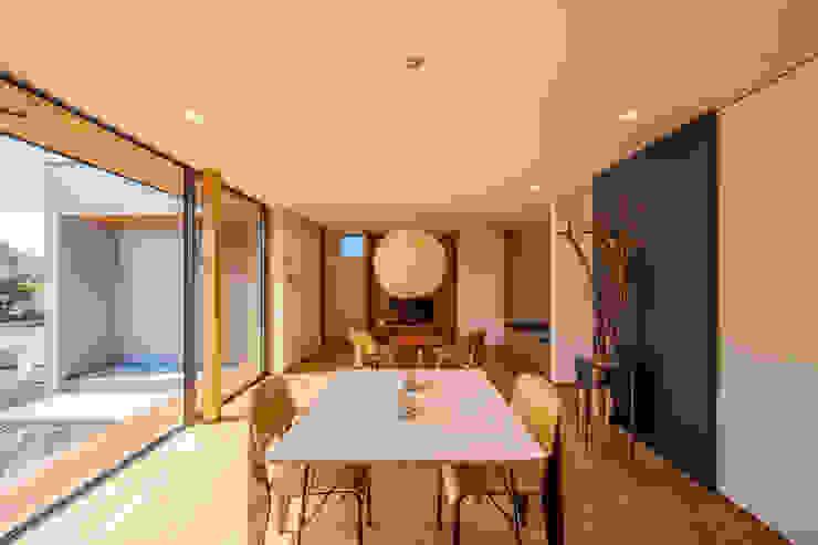 STaD(株式会社鈴木貴博建築設計事務所) Minimalist dining room