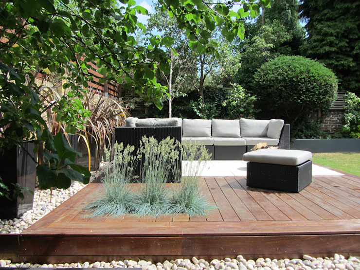Outdoor garden lounge 모던스타일 정원 by Christine Wilkie Garden Design 모던