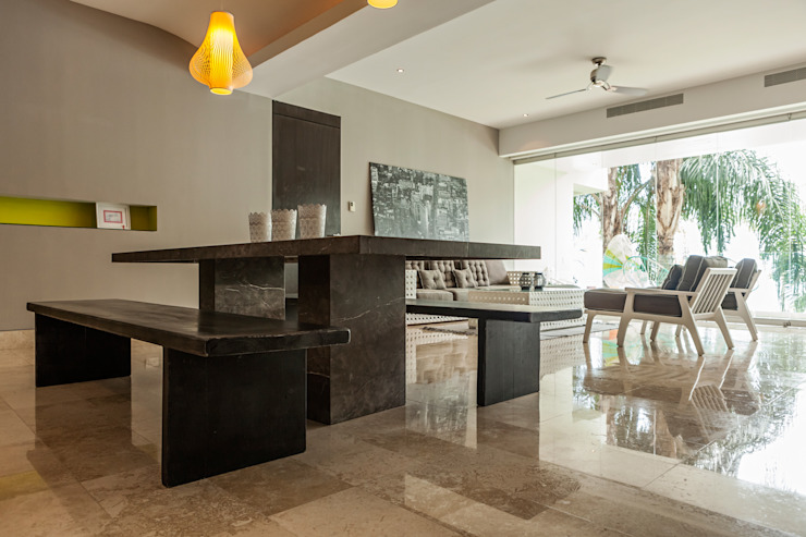Modern dining room by MORADA CUATRO Modern