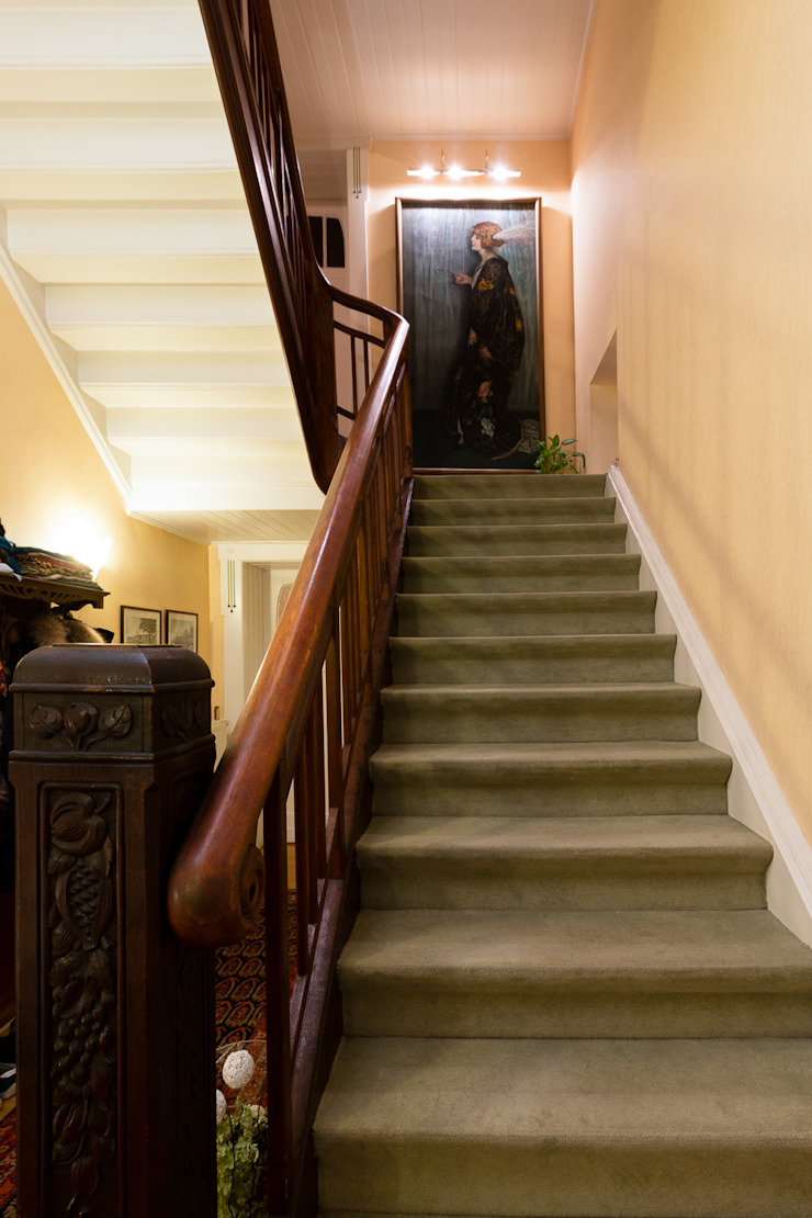 Corredores, halls e escadas clássicos por Pamela Kilcoyne - Homify Clássico