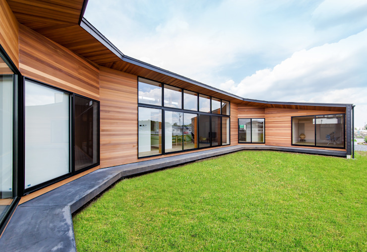Casas de estilo  por STaD(株式会社鈴木貴博建築設計事務所), Moderno