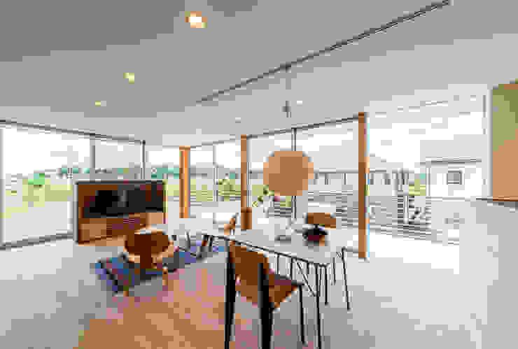Ruang Makan Modern Oleh STaD(株式会社鈴木貴博建築設計事務所) Modern