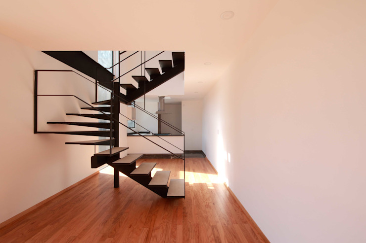 Departamento Interior Salones modernos de Wolff Arquitectura Moderno Madera Acabado en madera