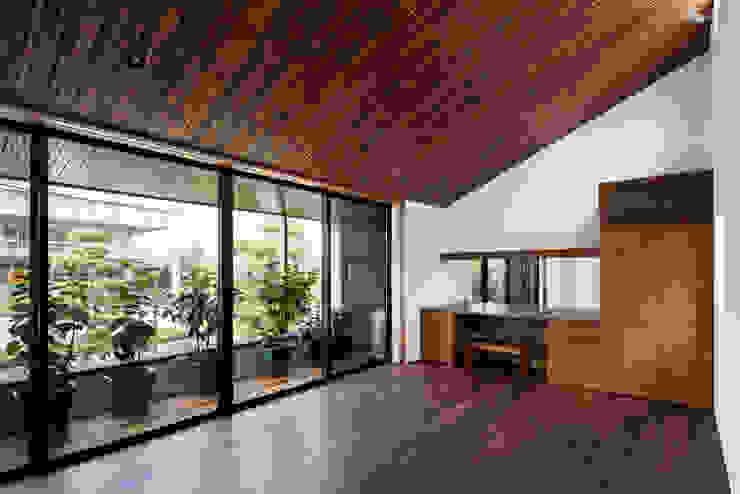 彦根の家 オリジナルスタイルの 寝室 の 井上久実設計室 オリジナル