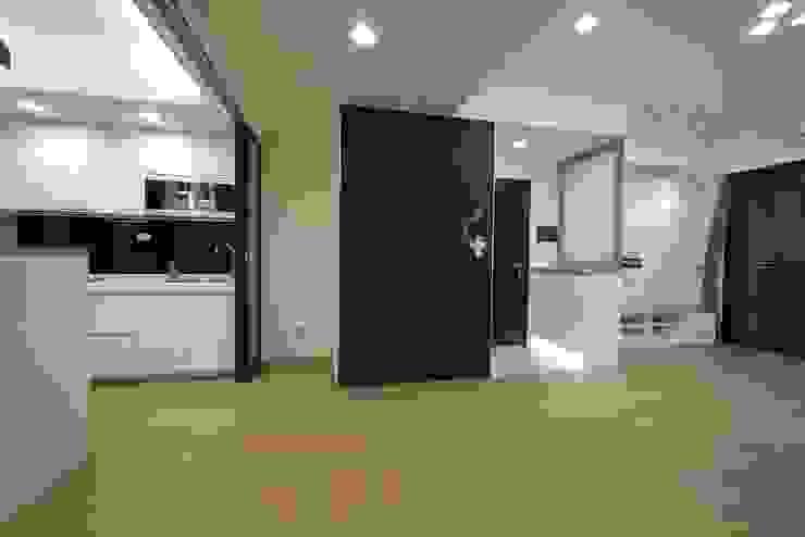 童心 – 新北永和 – 新成屋 斯堪的納維亞風格的走廊,走廊和樓梯 根據 喜家成室內裝修設計有限公司(原:高筌室內設計) 北歐風