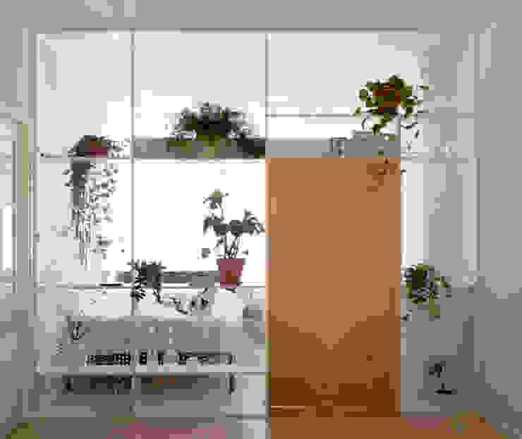 Xtra Room Scandinavische woonkamers van Atelier ARI Scandinavisch Hout Hout