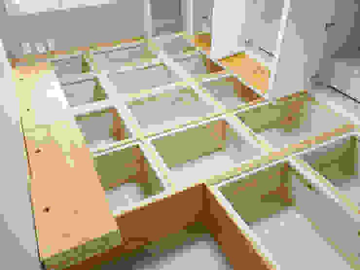 Ruang Ganti Modern Oleh 디자인팩토리9MM Modern