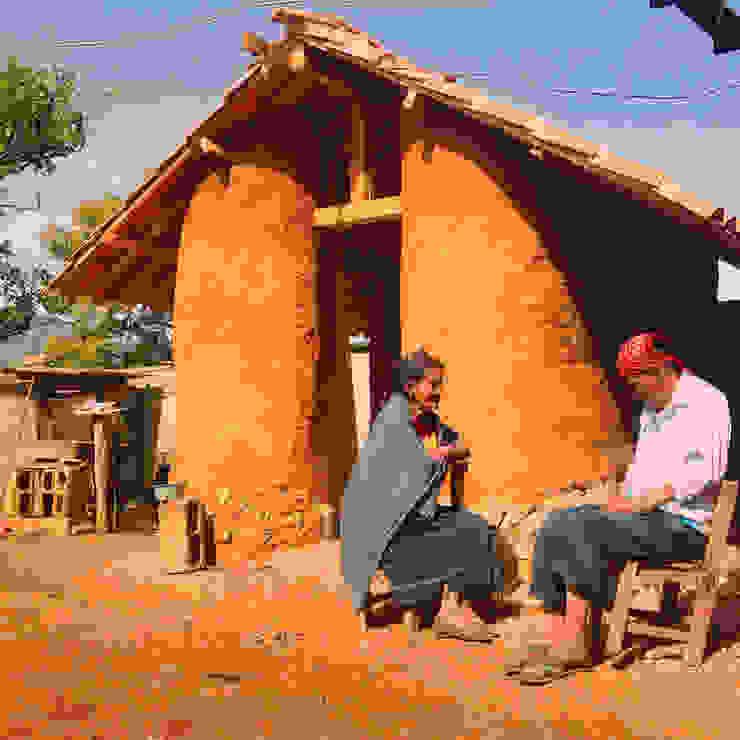 Amatenango del Valle - Programa VACA / Juan Carlos Loyo Arquitectura Casas rústicas de Juan Carlos Loyo Arquitectura Rústico