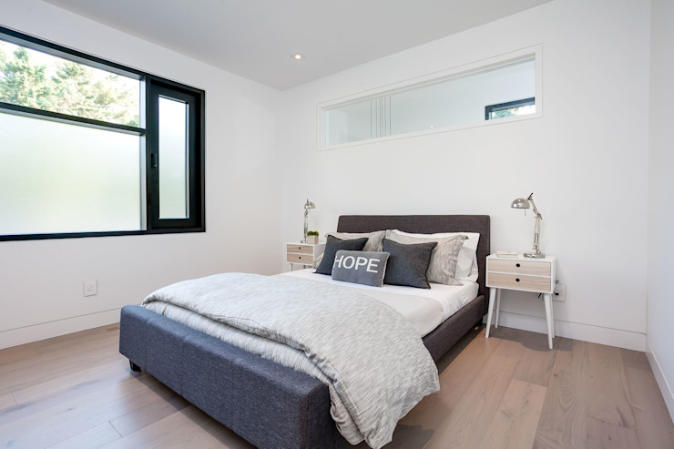 New Build-Staging Modern style bedroom by Frahm Interiors Modern Wood Wood effect