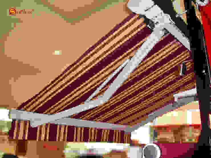 Toldo de Proyección modelo Marbella de Vertilux México Moderno Textil Ámbar/Dorado