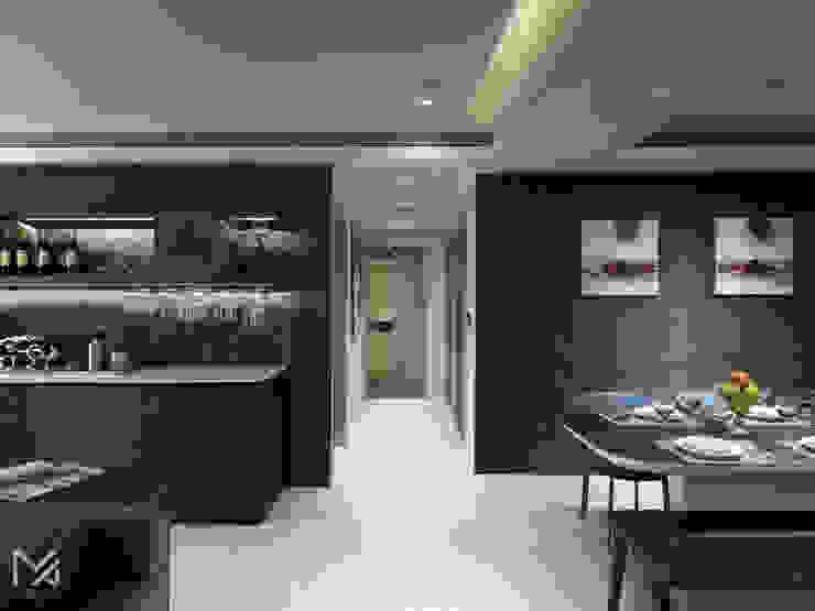 友誼之鴿 現代風玄關、走廊與階梯 根據 沐朋設計 現代風