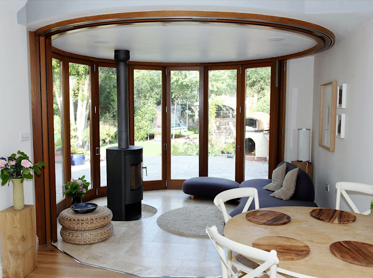 Aylestone Village Simplicity Timber Solutions Ltd Puertas y ventanas modernas Madera