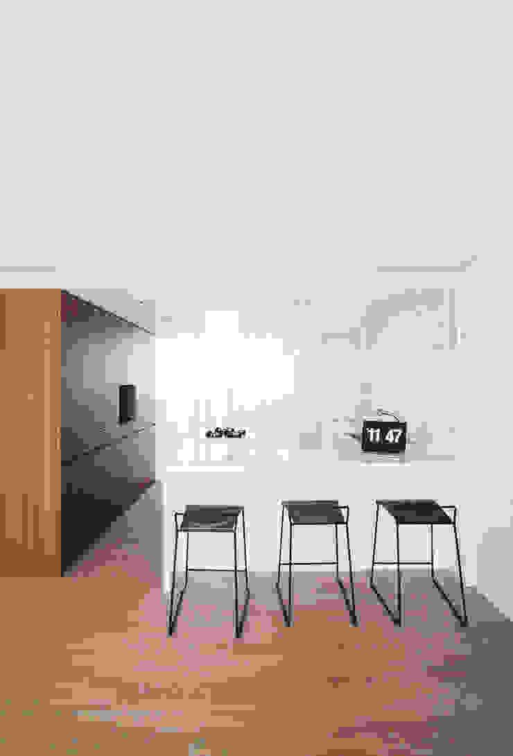 삼플러스 디자인 Ruang Makan Modern