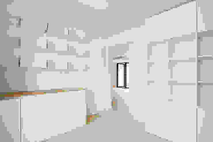 삼플러스 디자인 Ruang Studi/Kantor Modern