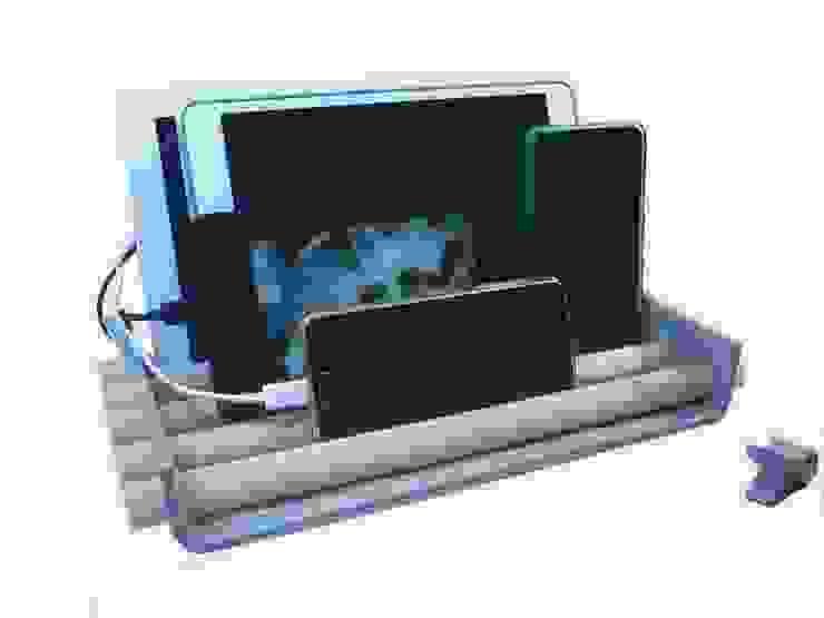 Tablet und Handyaufbewahrung: modern  von manufra - feines aus filz,Modern Holz Holznachbildung