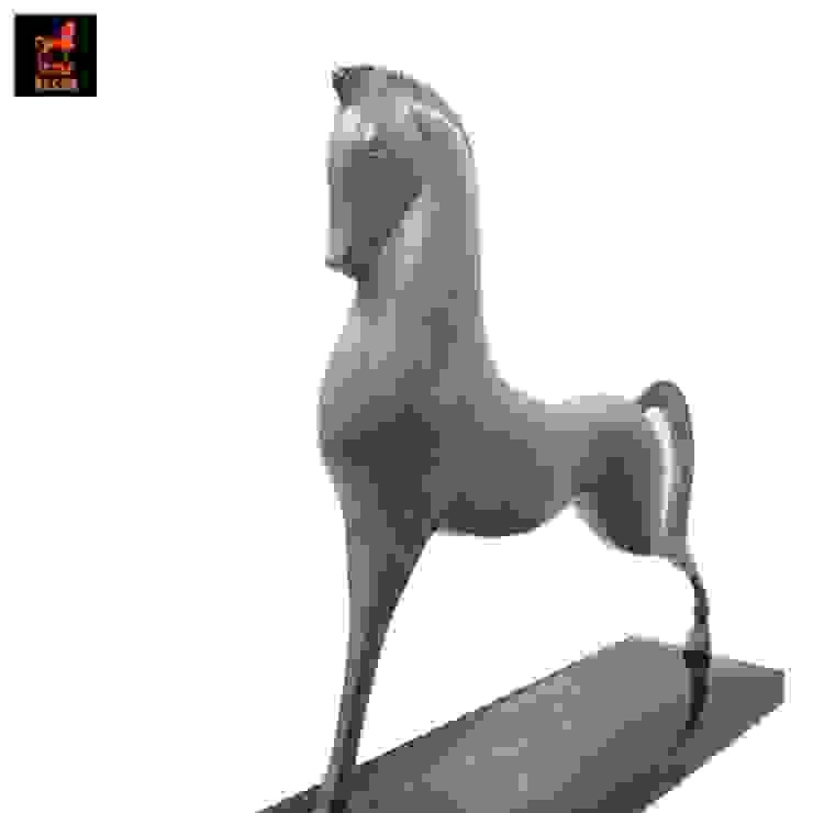 รูปปั้นทองเหลืองรูปม้ายืนสองขาสไตล์ Art Deco พร้อมหินอ่อน โดย 1STEP DECOR