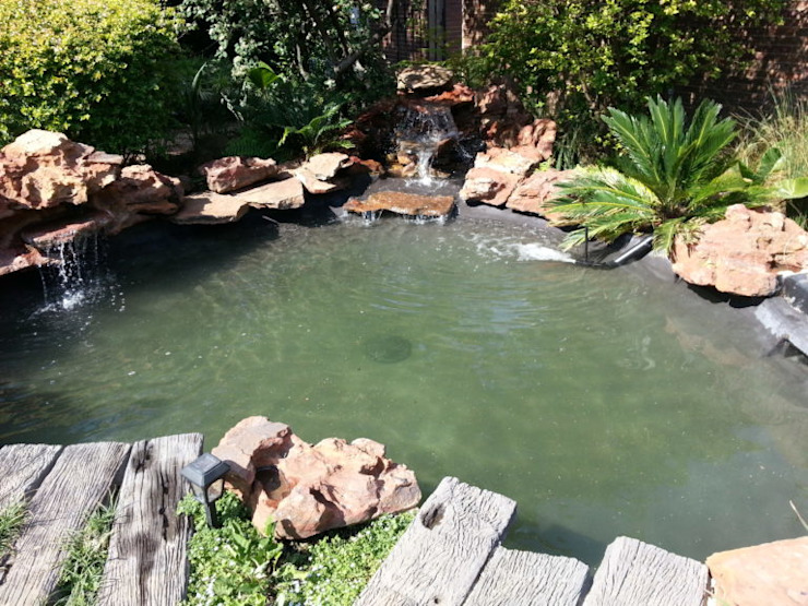 Pond Upgrade – Bryanston - After Classic style garden by Isivande fish ponds Classic