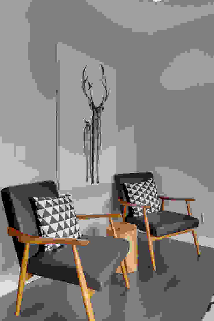 Modern Living Room by Sonata Design Modern