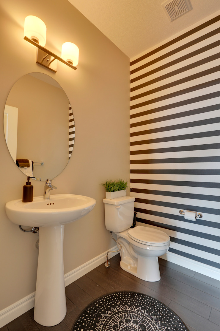 121 Hillcrest Drive Modern bathroom by Sonata Design Modern