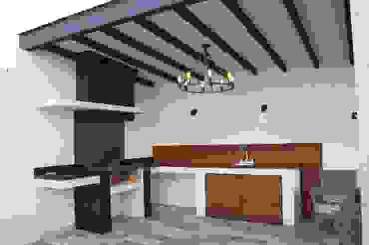 Asador, Barra Daniel Teyechea, Arquitectura & Construccion Balcones y terrazas de estilo moderno
