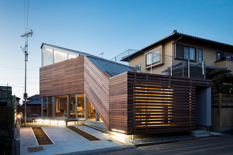 Eclectic style houses by ジャムズ Eclectic