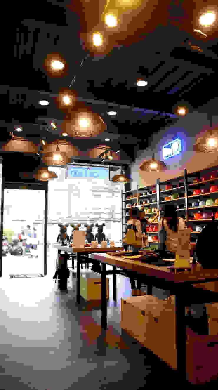 工業風服飾店 - 台中一中街 根據 光島室內設計 工業風