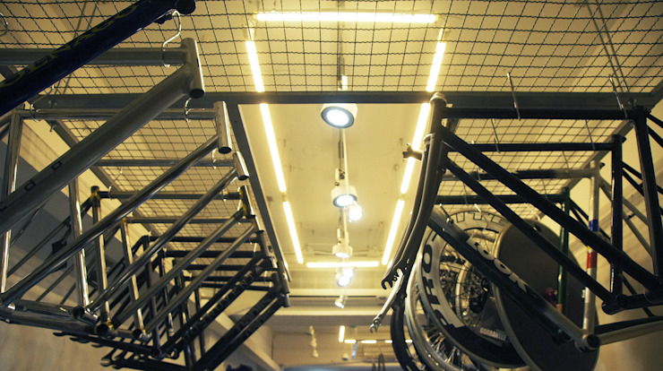 美式單車品牌 . 服飾店Nabiis 光島室內設計 辦公室&店面