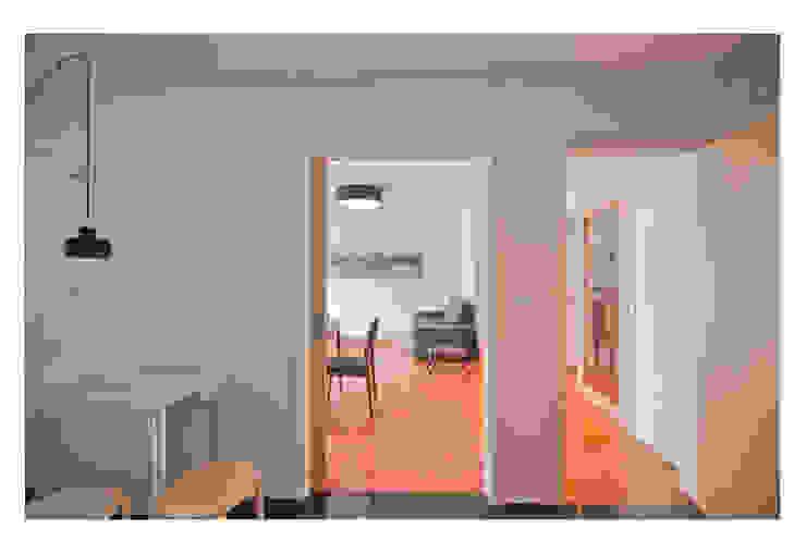 79 Building in Porto Cozinhas minimalistas por Pedro Mendes Arquitectos Minimalista