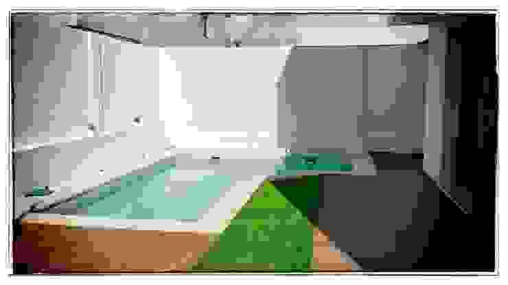 Casas modernas de RENHOGAR Moderno